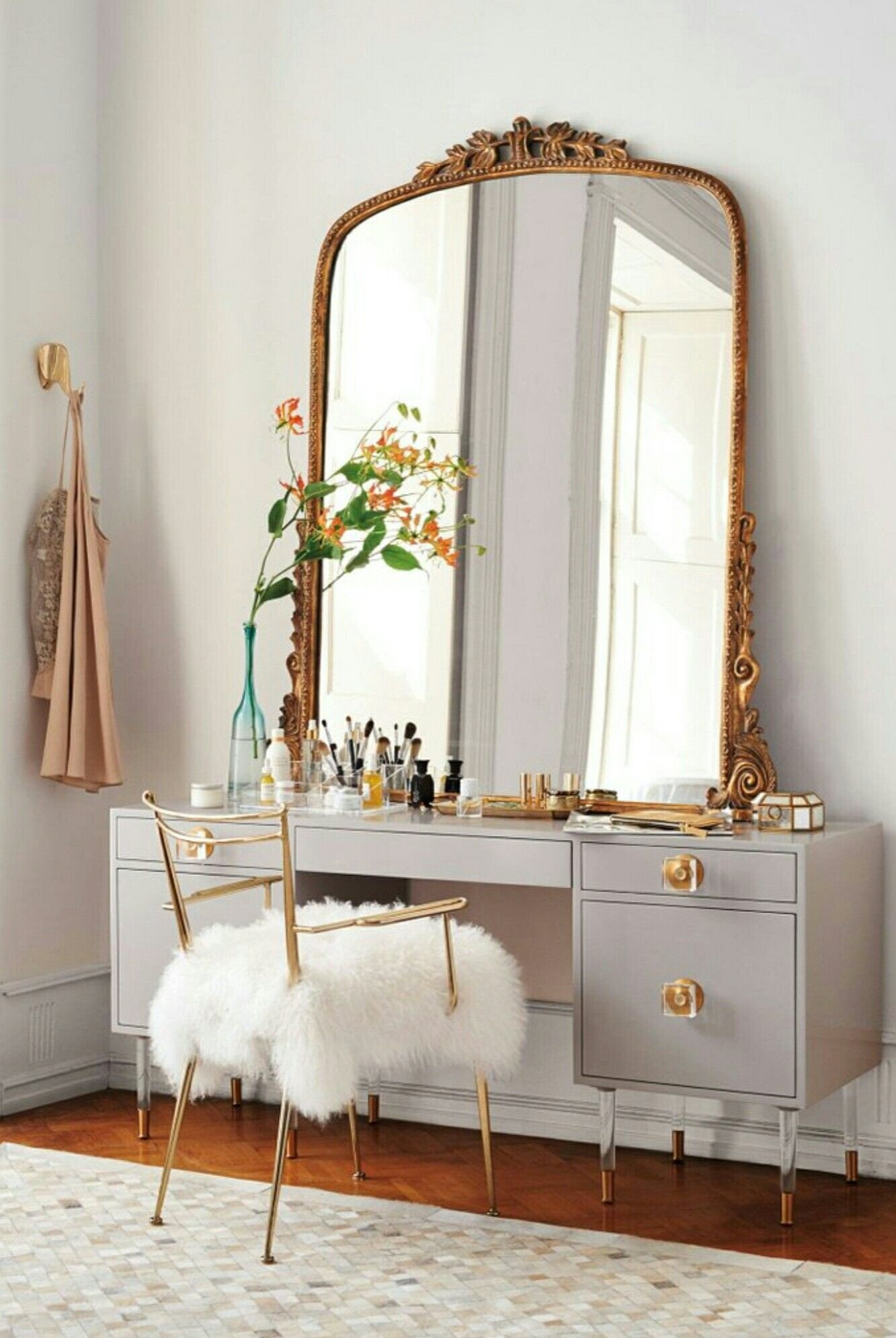 Make Up Vanity for Bedroom Awesome Pin by Loren Hope On Interiors