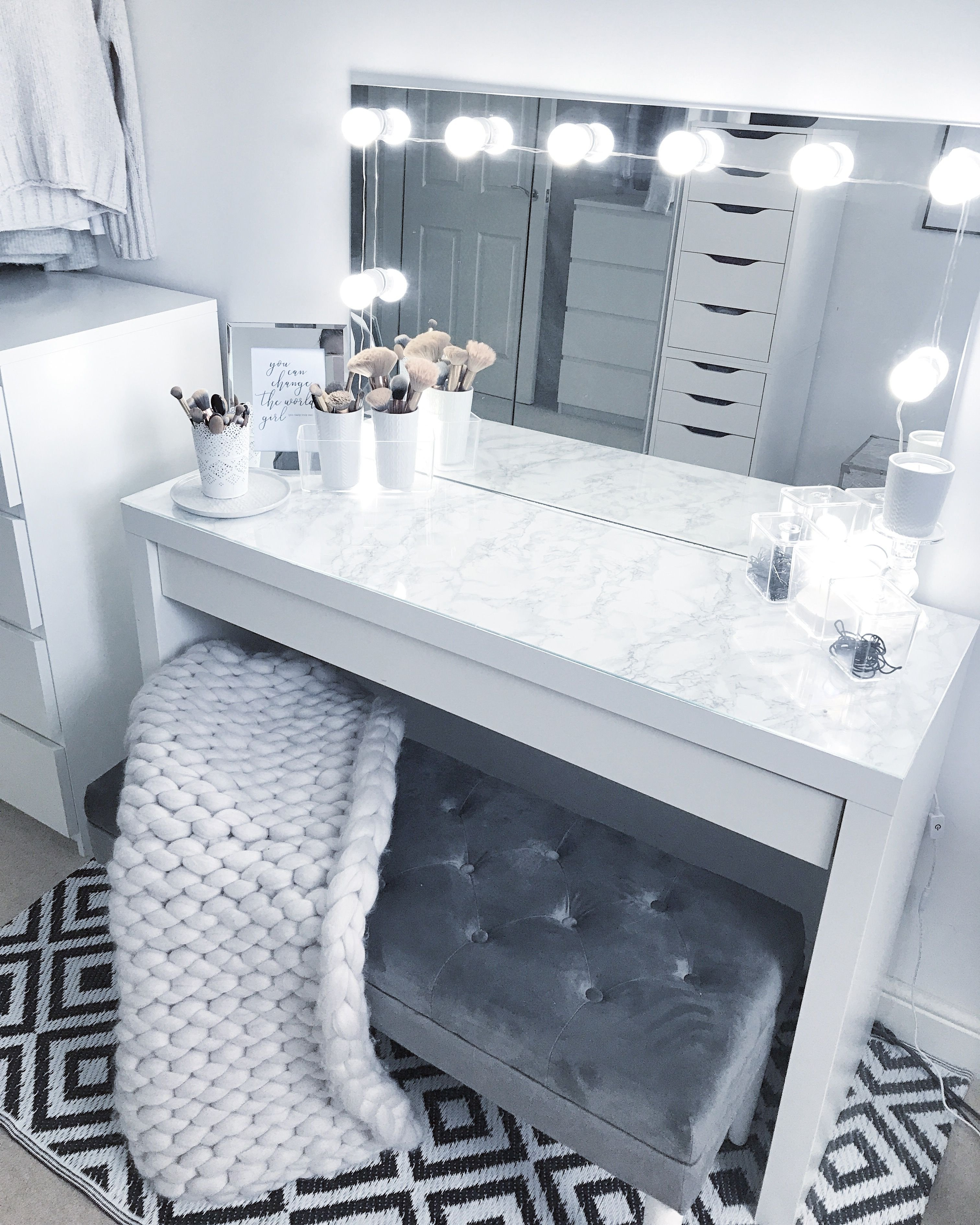 Make Up Vanity for Bedroom New Grey Dressing Room Make Up Room Goals