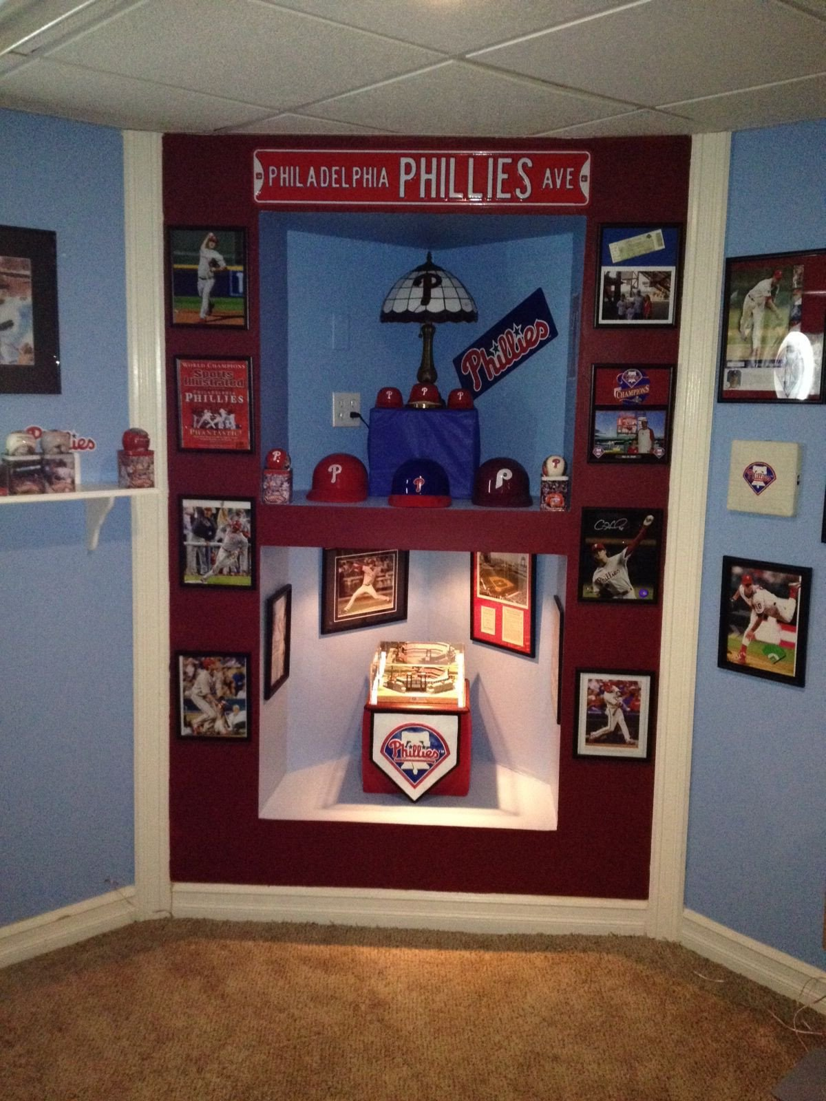 Man Cave Bedroom Ideas Lovely Phillies Man Cave Ideas Corner Built In