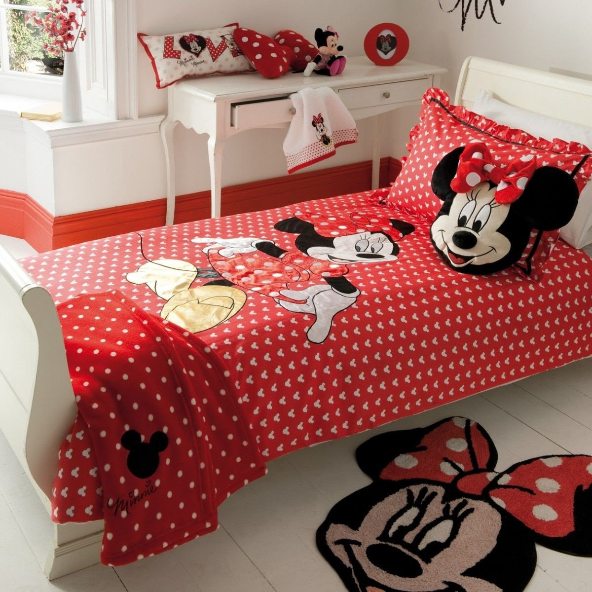 Mickey Mouse Bedroom Decorations Beautiful Minnie Mouse Wall Decorating Kit
