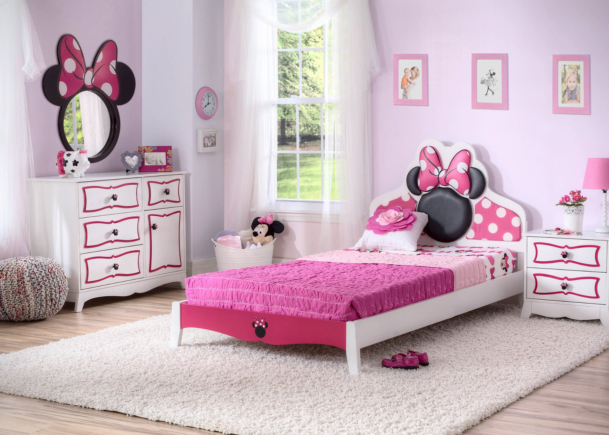 Minnie Mouse Bedroom Furniture Elegant Take A Look at these Awesome Minnie Mouse Bedroom Items