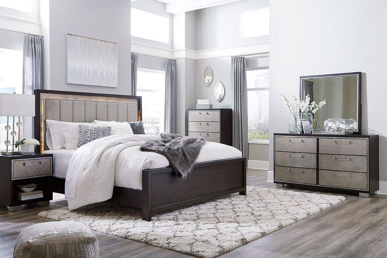 Mirrored Bedroom Furniture Set Beautiful Maretto Panel Bedroom Set