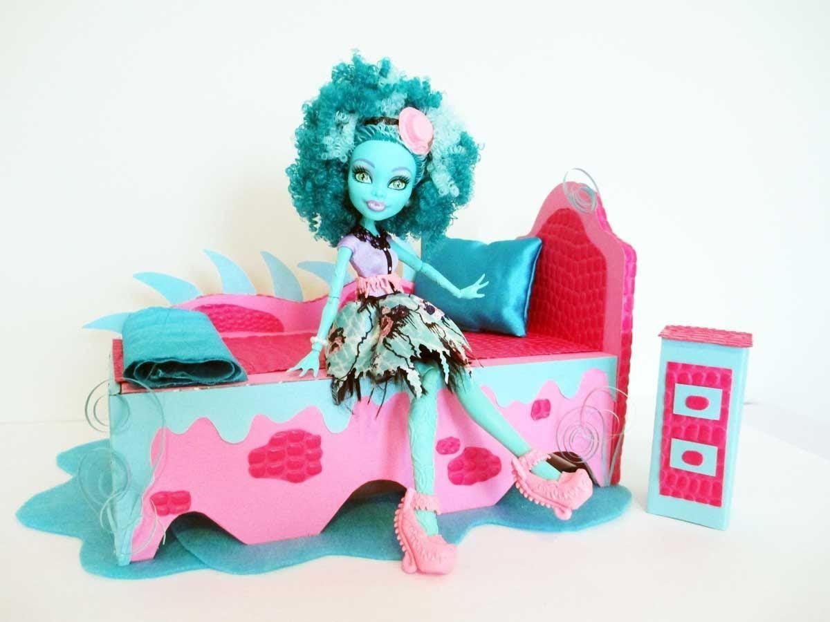 Monster High Bedroom Set Unique How to Make A Honey Swamp Doll Bed Tutorial Monster High