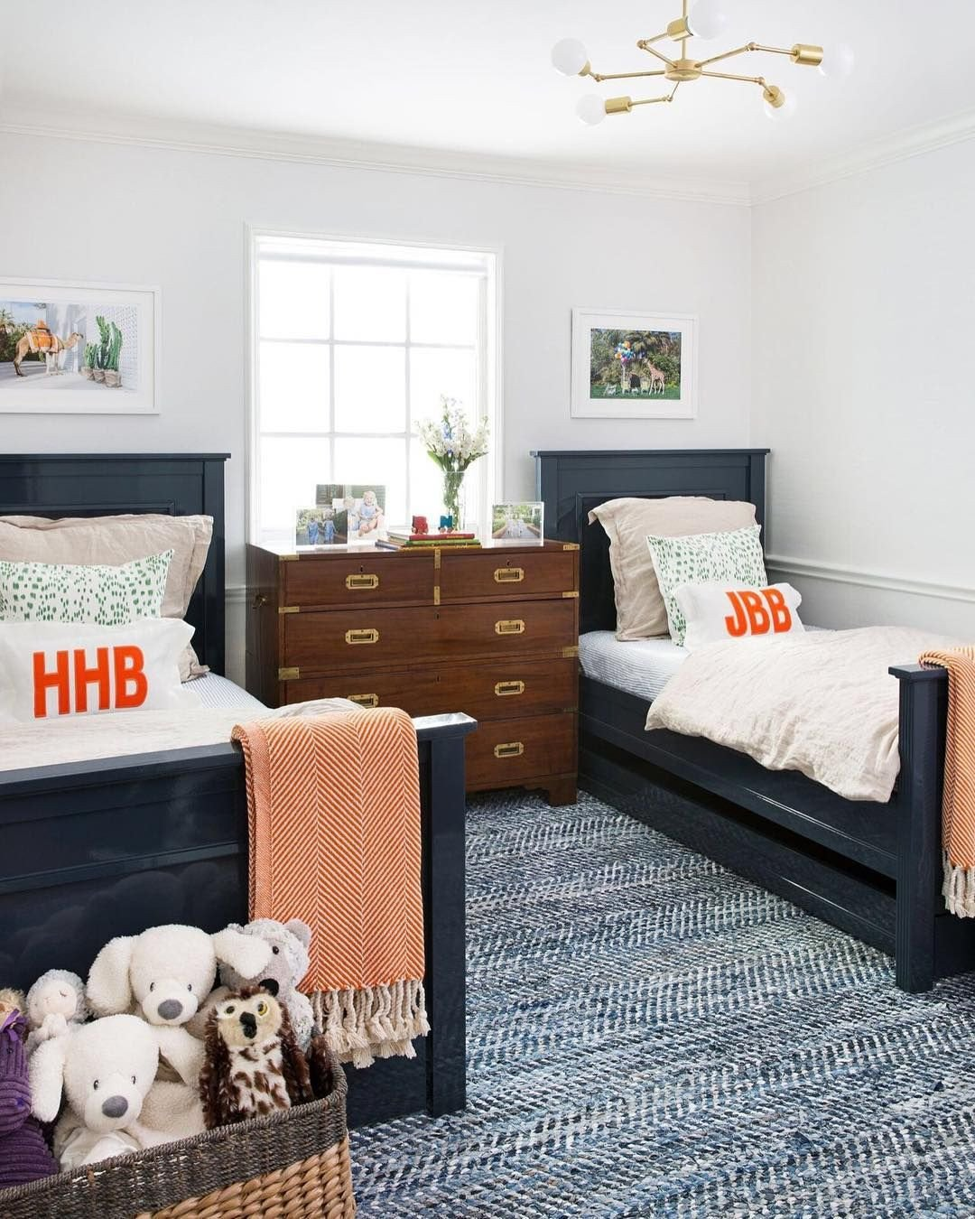 Navy and White Bedroom Luxury You Can T Go Wrong with Classic Navy Blue Am I Right This
