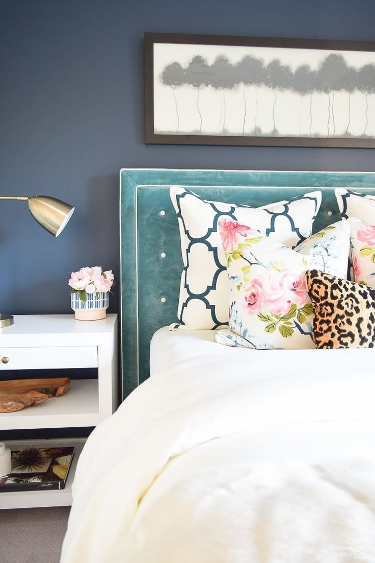 Navy Blue Bedroom Ideas Awesome 6 Beautiful Ways to Decorate with Velvet