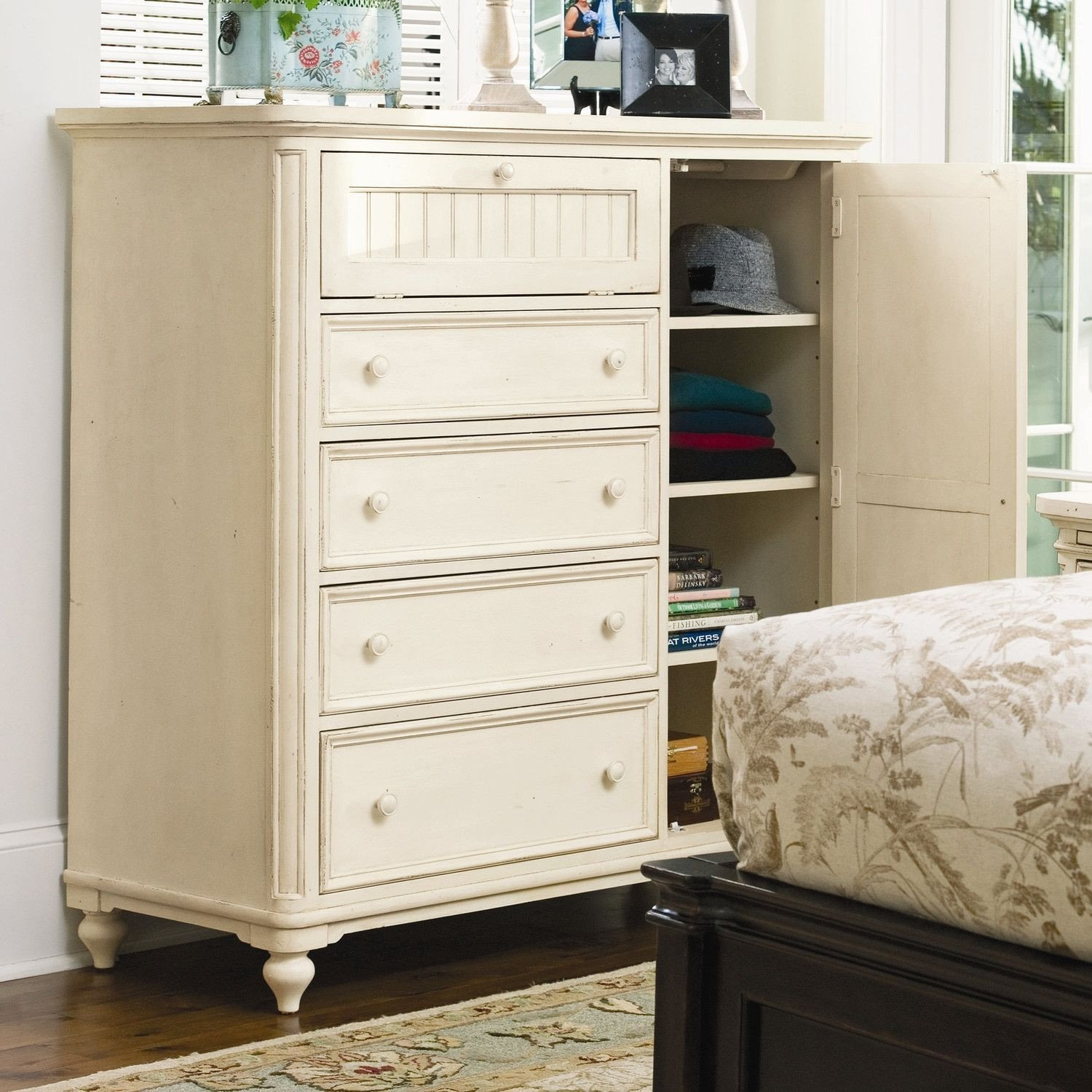 Paula Deen Furniture Bedroom Awesome Paula Deen Home Steel Magnolia 4 Drawer Gentleman S Chest