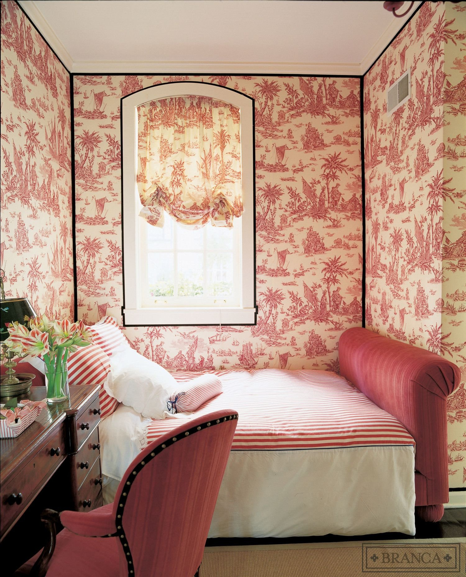 Pink and Black Bedroom Best Of Decorating with Red