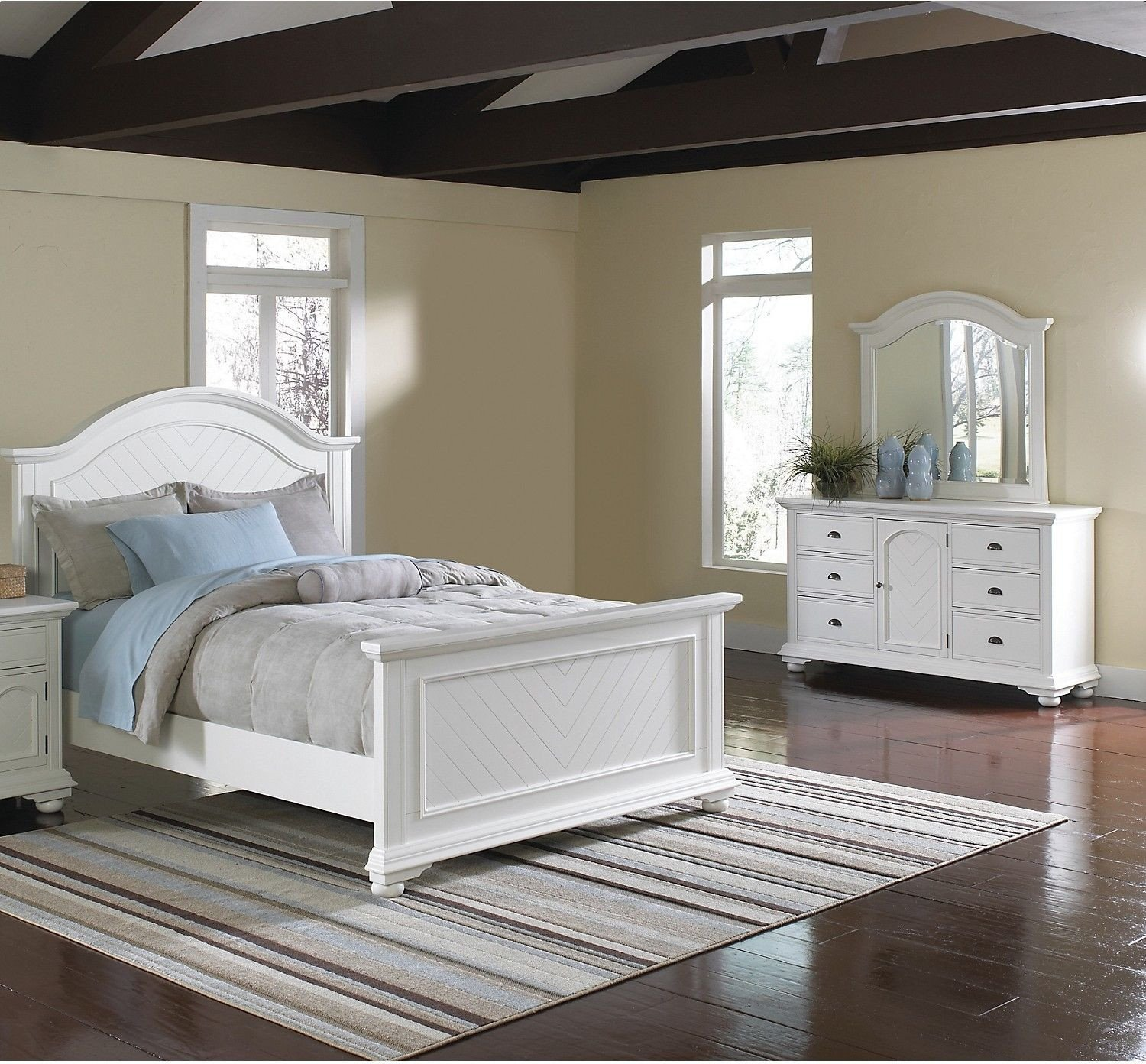Queen Bedroom Set White Elegant Add A Fresh New Look to Your Home with This Brook Bedroom