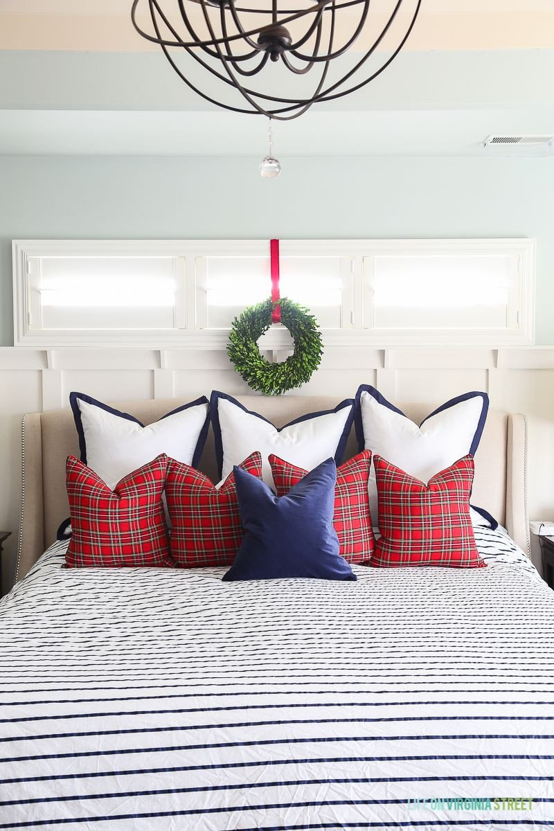 Red and Blue Bedroom Best Of Christmas Master Bedroom