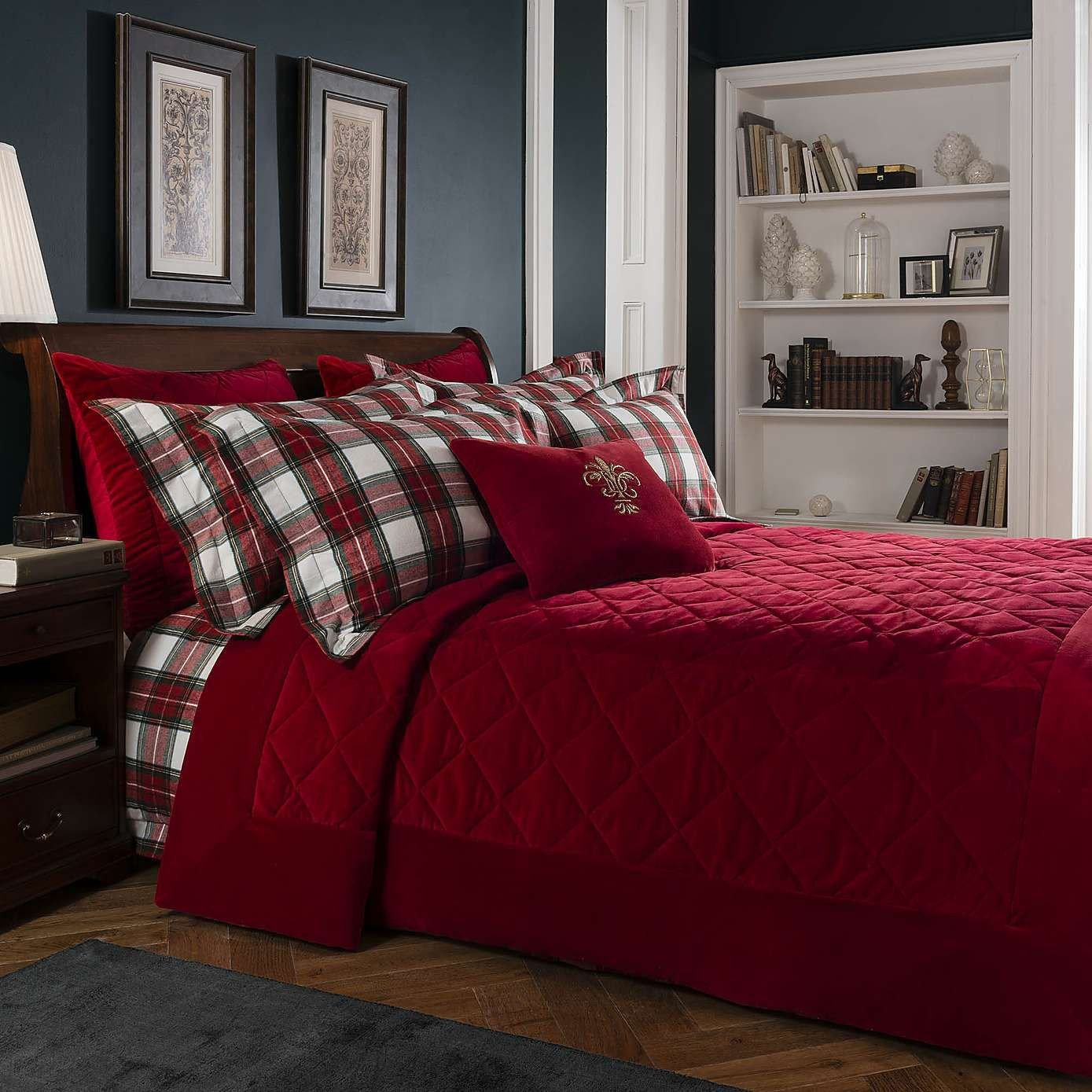 Red and Gray Bedroom Elegant Dorma isla Red Bedspread Dunelm