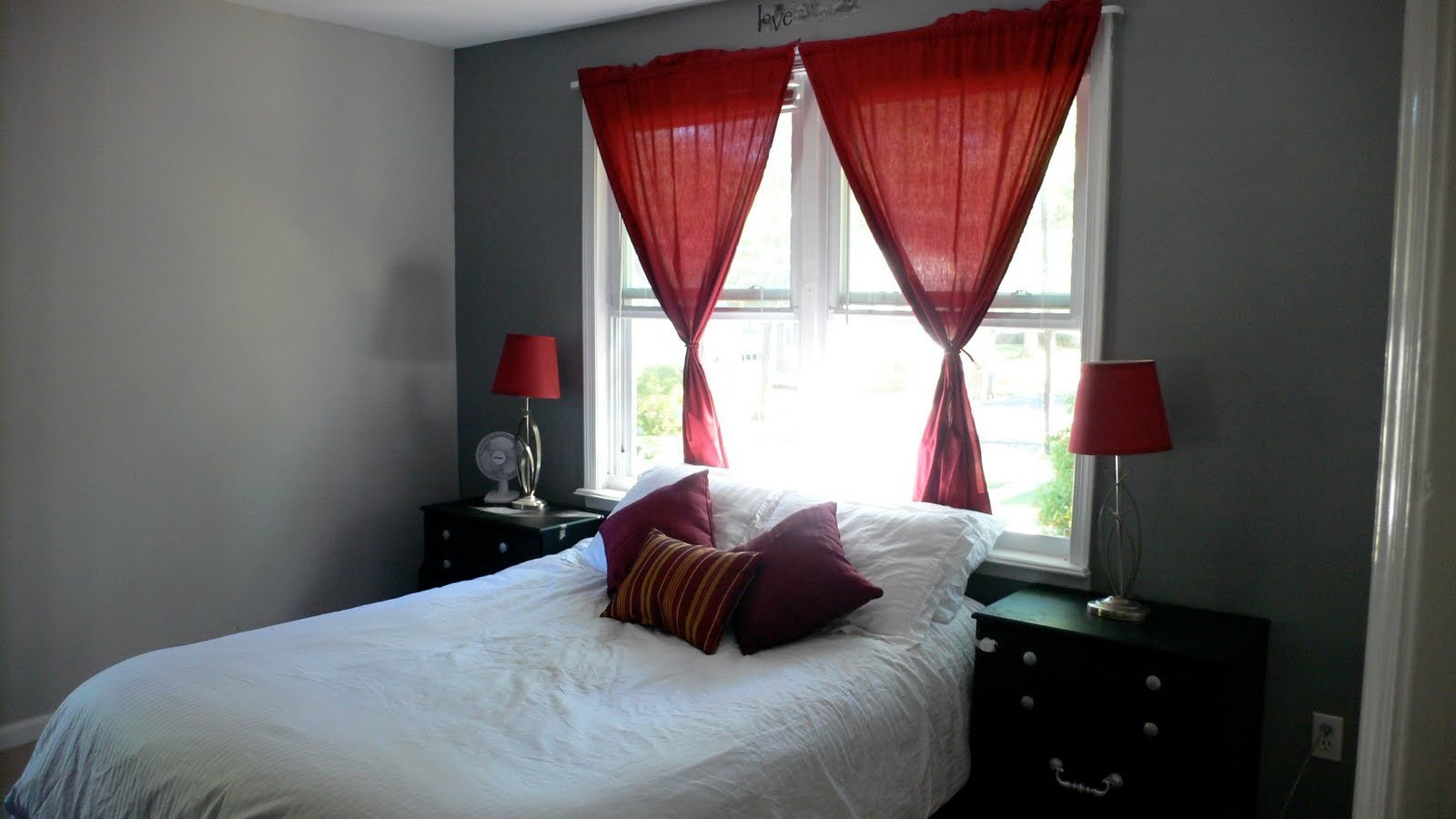 Red and Gray Bedroom Ideas Inspirational Grey Red Bedroom Ideas Dgmagnets Decoratorist