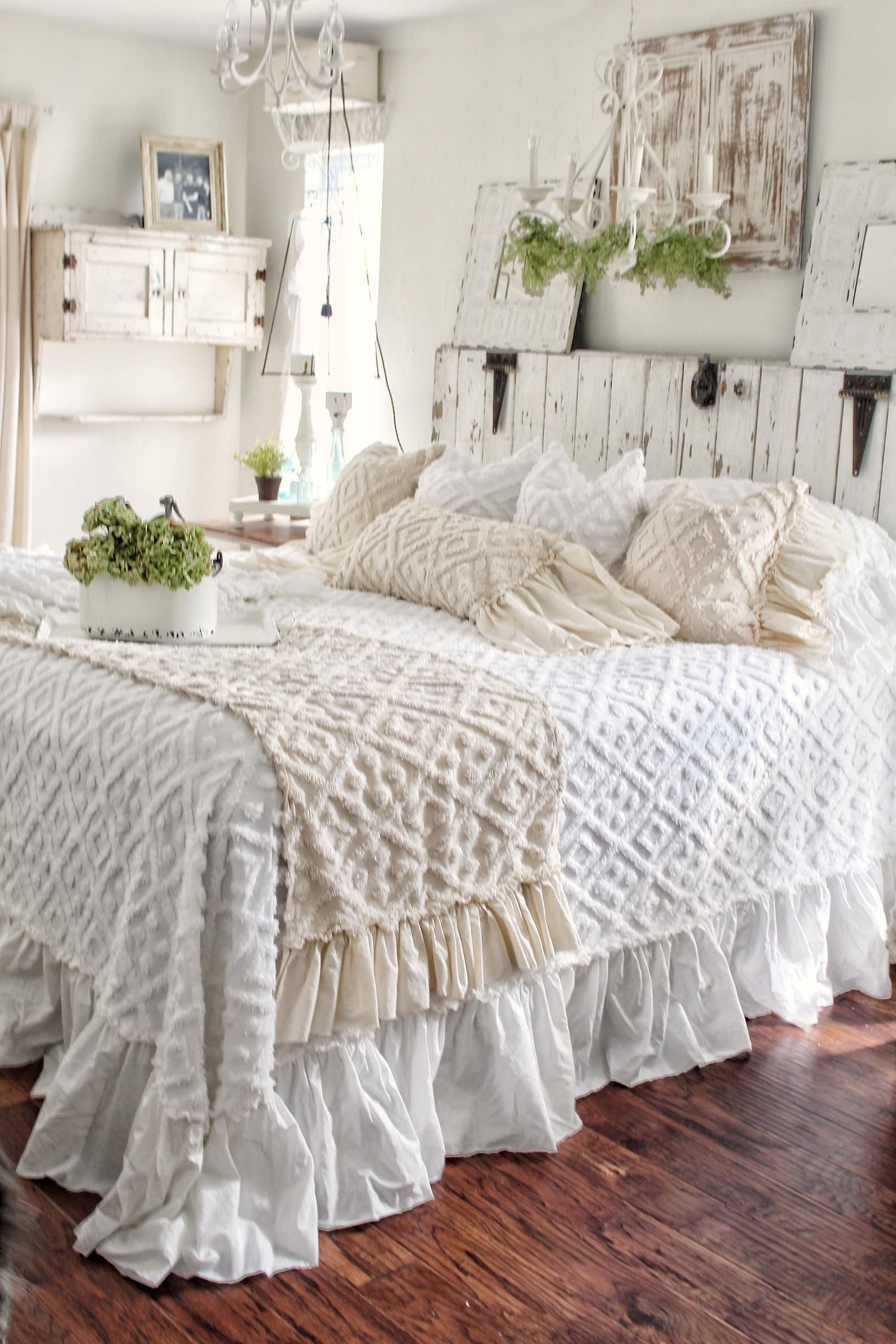 Shabby Chic Bedroom Decor Fresh Ruffled Chenille Bed Scarf