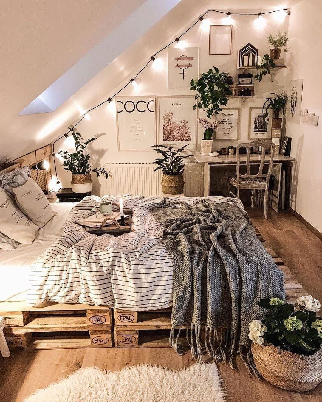 Sloped Ceiling Bedroom Ideas Lovely Unbelievable Plans for Boho Bedroom