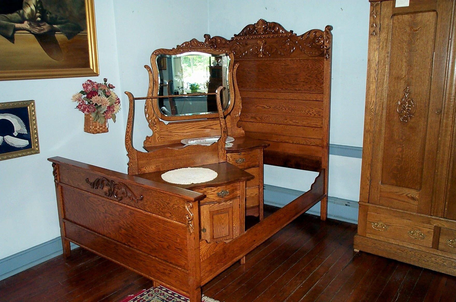 Solid Oak Bedroom Furniture Beautiful Three Piece solid Oak Bedroom Set for Sale
