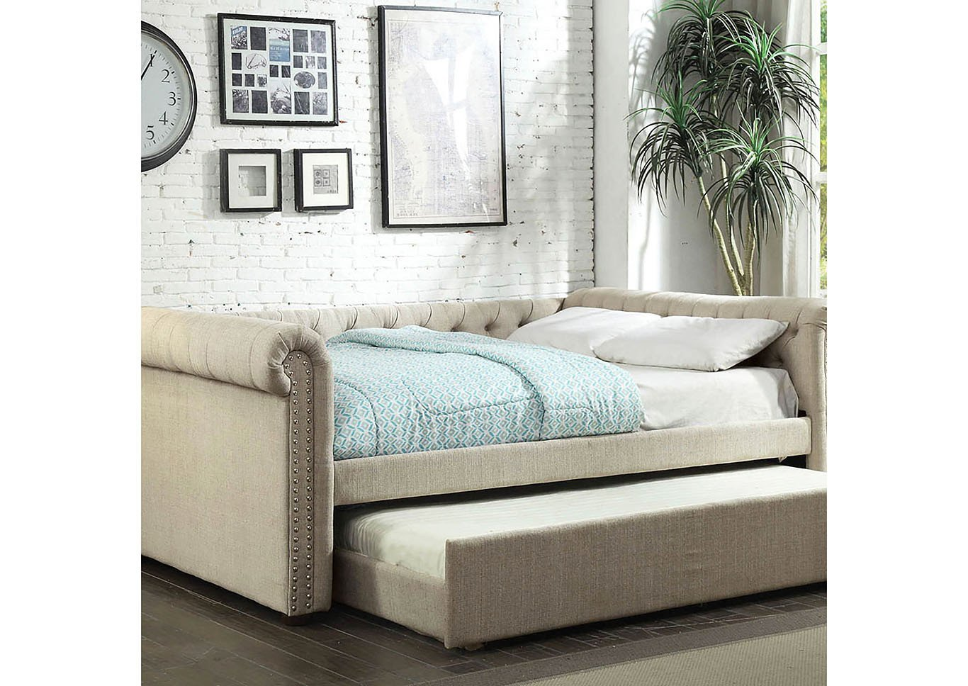 Twin Trundle Bedroom Set Unique Sans Midman Furniture Leanna Beige Queen Daybed W Trundle
