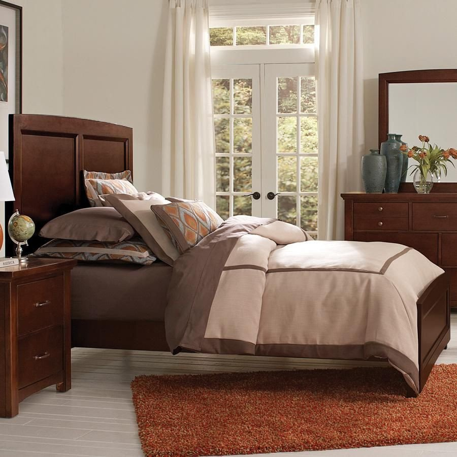 Vaughan Bassett Bedroom Set Beautiful Transitions Queen Panel Bed by Vaughan Bassett