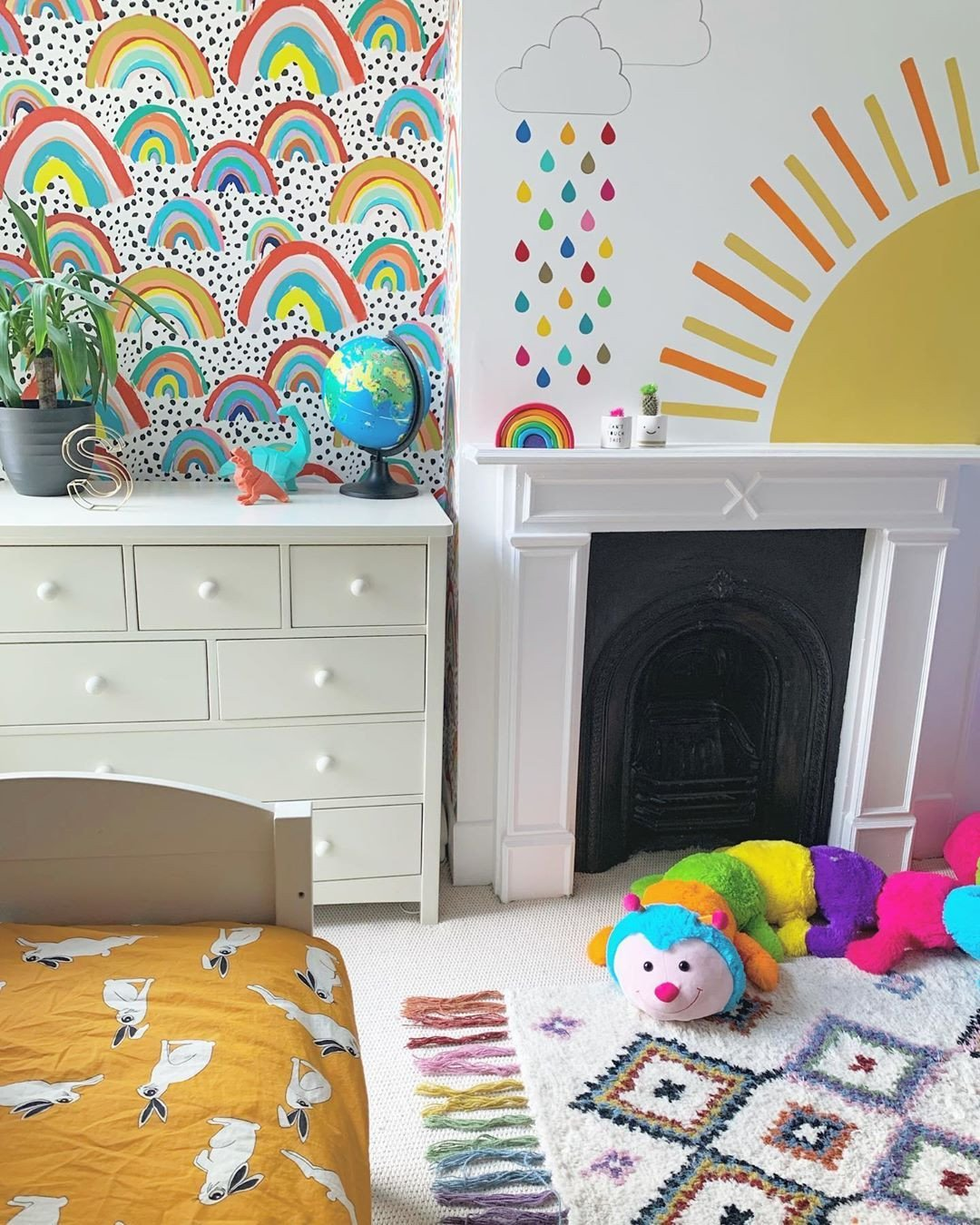 Wallpapers for Girls Bedroom Luxury Love the Colours In This Bedroom with the Rainbow Wallpaper