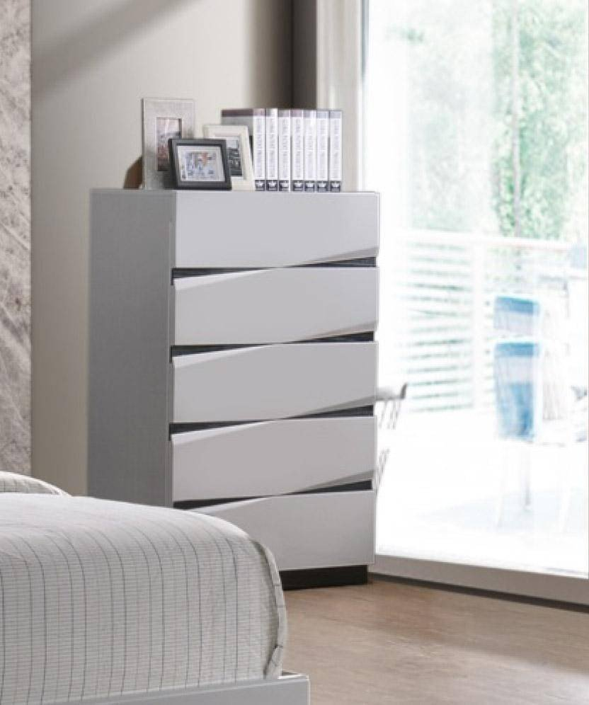 White Gloss Bedroom Furniture Elegant Global Furniture Scarlett Modern White Gloss Finish Queen