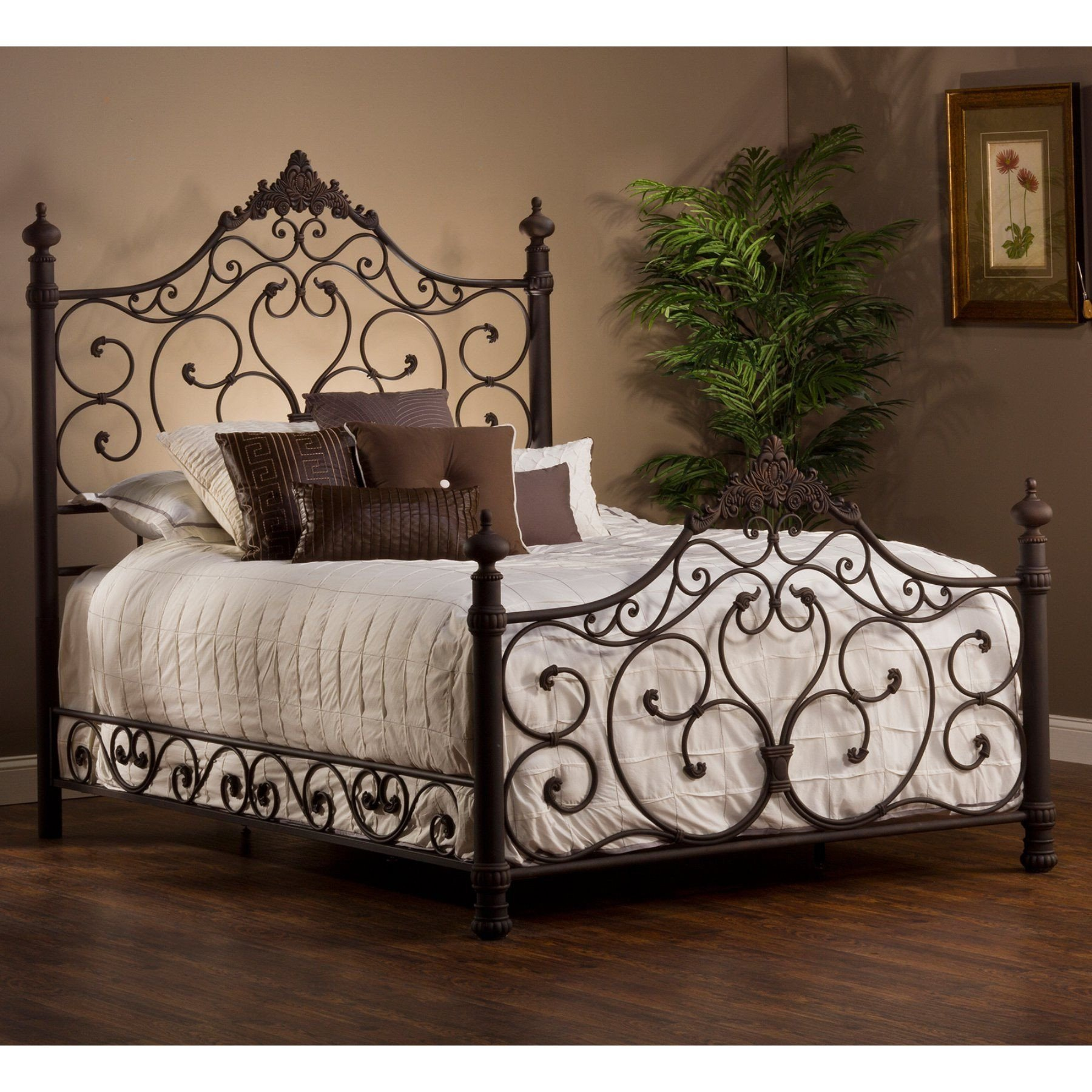 Wrought Iron Bedroom Set Inspirational Hillsdale Baremore Mansion Bed Hl3672